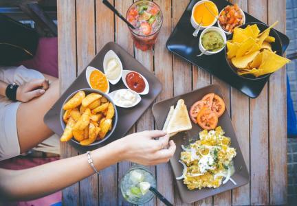 215 anglických frází o jídle